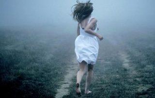 girl running image